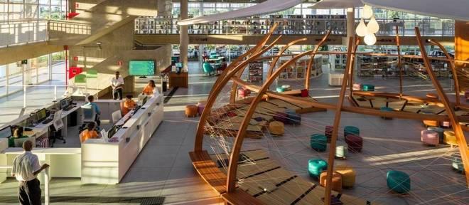 Biblioteca do Parque Villa-Lobos é um dos espaços que oferecem cursos de vida digital para a terceira idade
