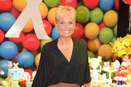 Xuxa prometeu dançar em alguns momentos da atração