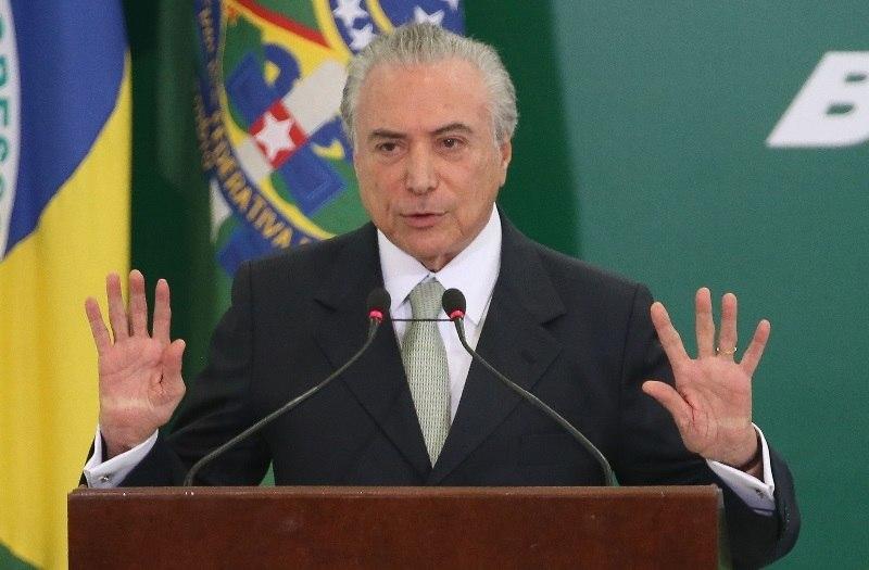 Pesquisa CNT/MDA mostra Lula liderando corrida presidencial e Bolsonaro crescendo