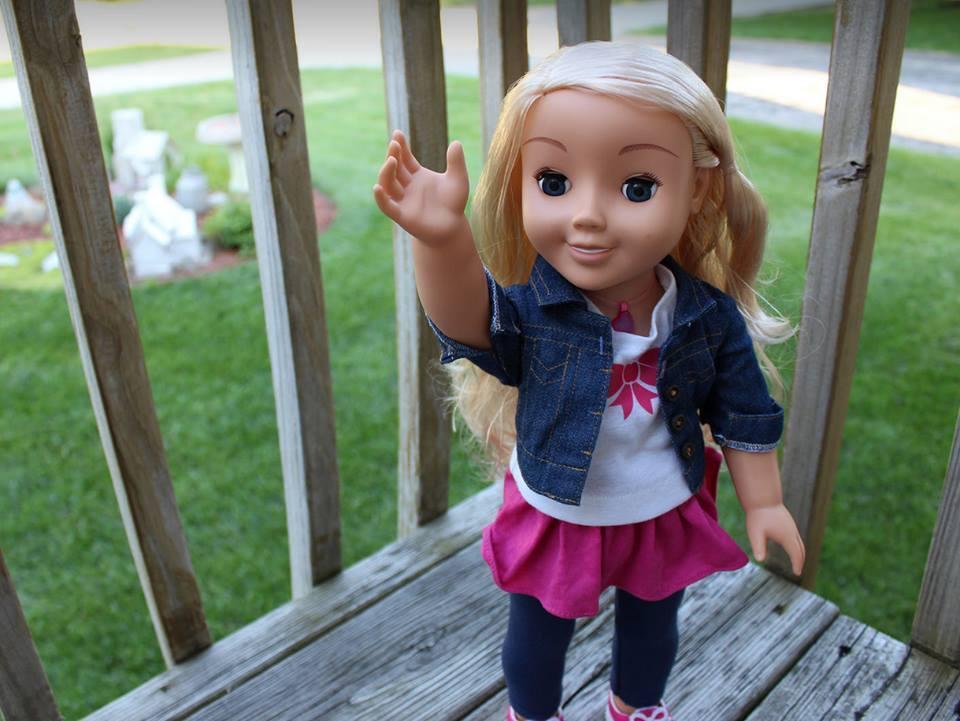 Pais aconselhados a destruir boneca que fala com as crianças — Perigo