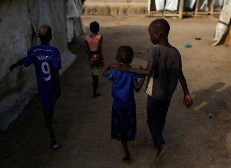 Caos no Sudão do Sul deixa 15 mil<br />crianças à procura dos pais