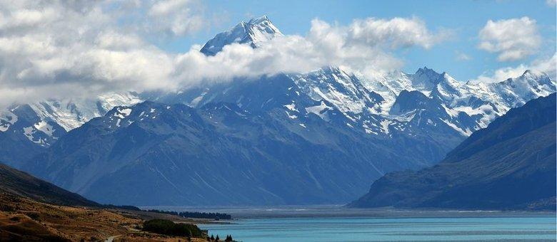 Monte Cook, com 3,7 mil m, é o mais alto da ilha Sul da Nova Zelândia - e da Zelândia