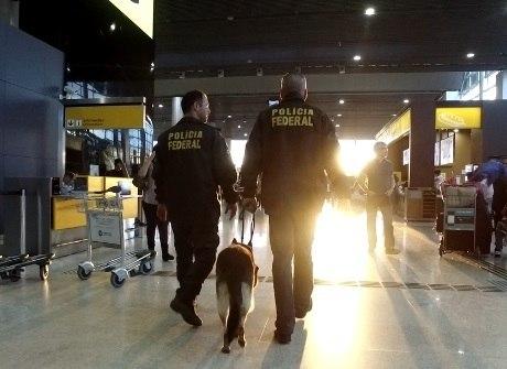 Veja os bastidores das apreensões<br />de narcóticos dentro do aeroporto