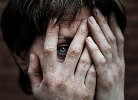'Fui estuprada todos os dias, por um mês, na frente dos meus filhos'