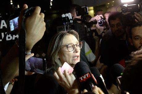 Deputada Maria do Rosário (PT-RS) diz que filha de 16 anos é vítima de crimes nas redes sociais