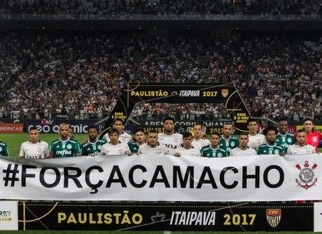 Corinthians e Palmeiras se unem em campo pelo pai de Camacho