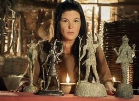 Raabe vê Mara cultuando estátuas pagãs. Saiba o que vai rolar hoje