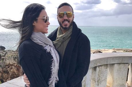Gracyanne e Belo fazem viagens chiques