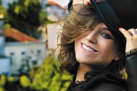 Maria Rita canta sucessos da MPB