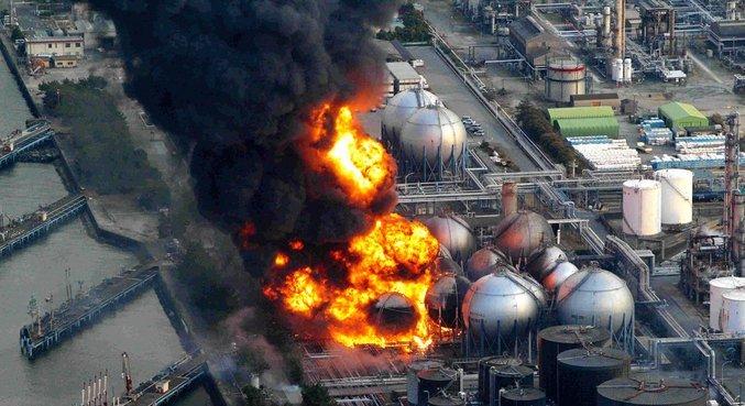 Água foi usada para resfriar reatores derretidos nucleares de usina