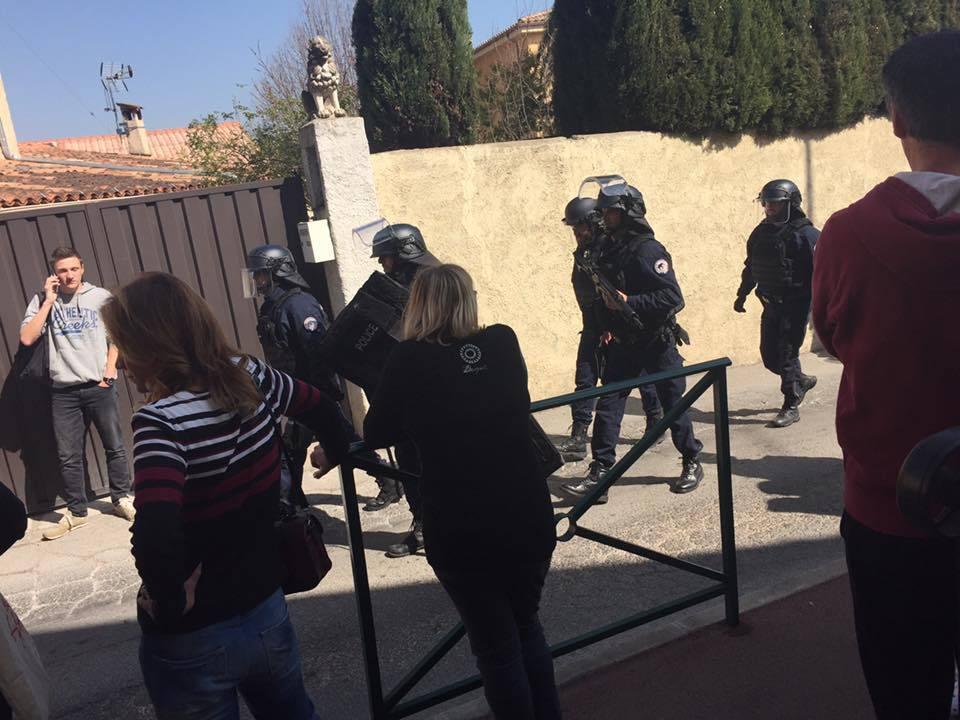 Jovem francês suspeito de tiroteio é fascinado por massacres