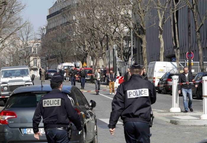Carta-bomba explode em escritório do FMI