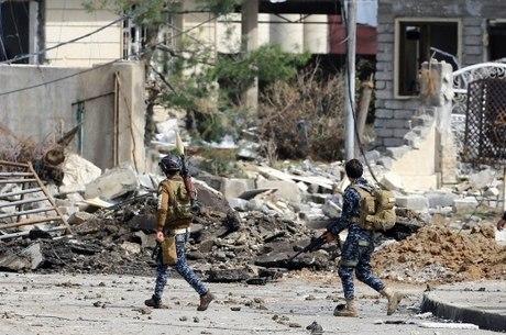 Forças iraquianas já dominam 89,5% do oeste da cidade de Mossul