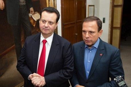 A pauta foi o pacote de privatizações anunciado pelo tucano