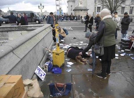 Veja imagens de ataque perto do Parlamento. Premiê está a salvo