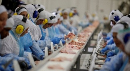 Inflação da indústria acumula alta de 35% em 12 meses