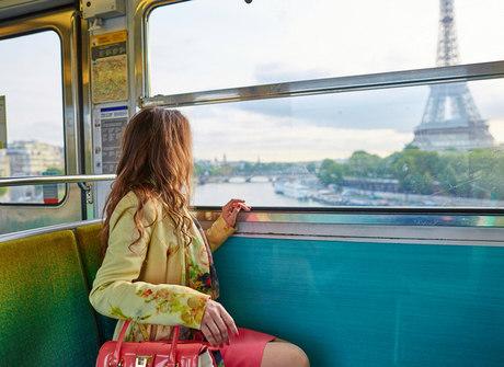 Paris, Barcelona e Londres são os destinos procurados por turistas