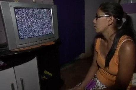 Sinal analógico da Record TV, do SBT e da RedeTV! foi cortado pelas operadores de TV por assinatura na noite desta quarta-feira