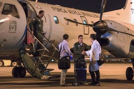 Aeronave da Força Aérea Brasileira desembarca no Rio de Janeiro com fígado retirado em Campo Grande (MS) em setembro de 2016