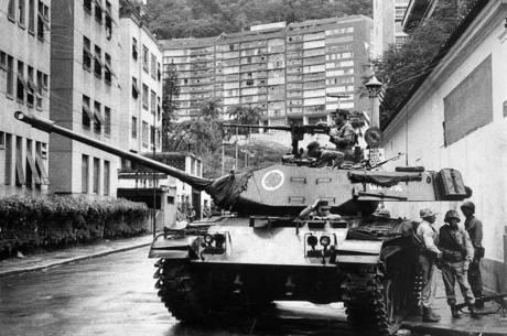 Ditadura militar no Brasil durou de 1964 a 1985, mais de 20 anos