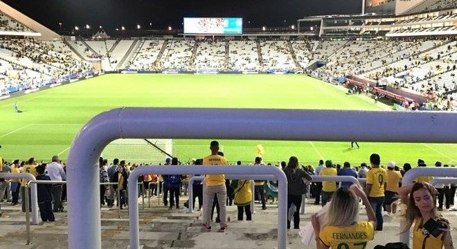 Esta é a visão para quem pagou R$ 200 para assistir ao jogo da seleção brasileira no Itaquerão