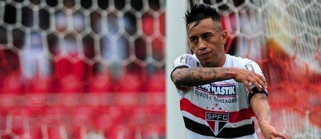 Cueva, camisa 10 do São Paulo, é um dos principais atletas do elenco tricolor na temporada de 2017
