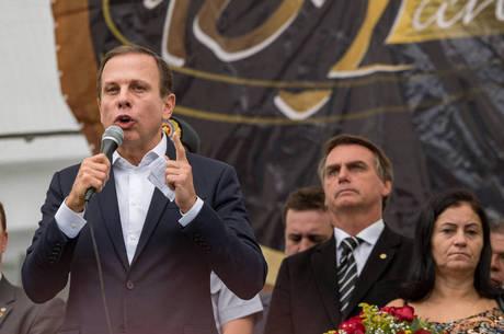 Doria e Bolsonaro dividiram o palco em evento militar
