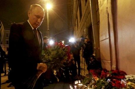 Nascido em São Petesburgo, Putin sintetiza conflitos do país
