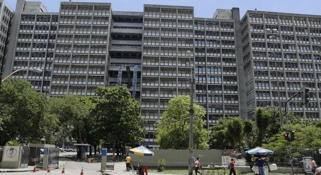 Universidade ainda não iniciou calendário acadêmico de 2017; não há previsão para retorno