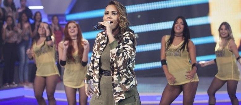 Andressa Alves apresenta a música que escreveu em homenagem ao pai, Claudinho