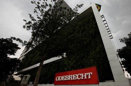 Resultado de imagem para Odebrecht cita R$ 451 milhões para políticos investigados