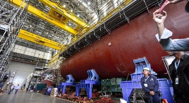 Instalações da ICN Itagua Construções Navais dentro do PROSUB, projeto que contempla a construção de 5 submarinos sendo um deles nuclear. Projeto esta com 60% das obras concluídas e está orçado em R$ 30 bilhões. As obras estão sendo realizadas pela Odebrecht