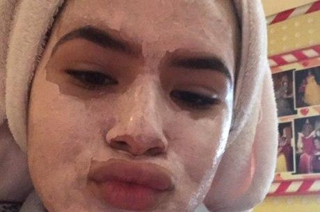 Maisa Silva em mais um dia de beleza
