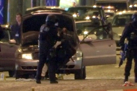 Paris foi palco de mais um ataque reivindicado pelo EI