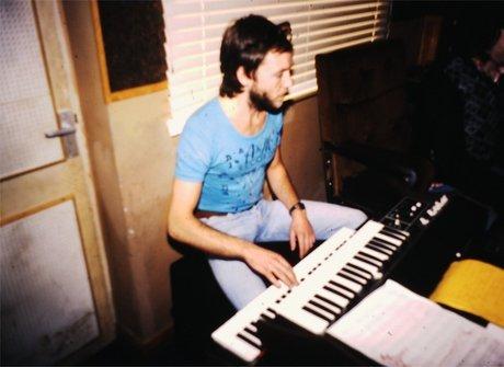 Alan Clark relembra a primeira<br />vez que tocou com Eric Clapton