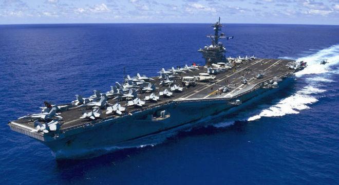 Resultado de imagem para Coreia do Norte diz estar pronta para atacar porta-aviões dos EUA