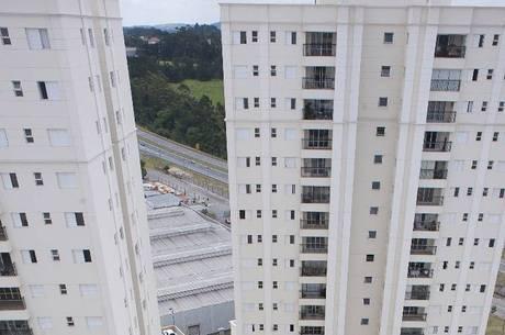 Condomínios contratam síndicos profissionais