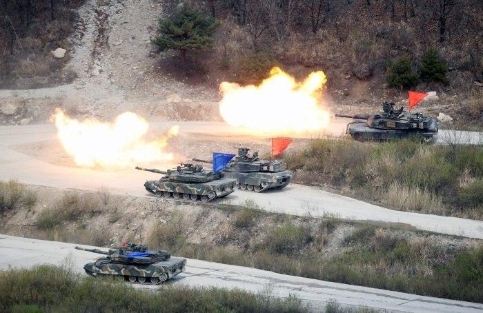 Coreia do Sul e Estados Unidos realizam exercícios com armas reais