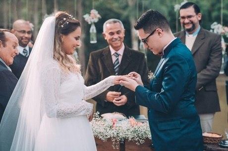 Aline e Augusto realizam sonho e se casam neste domingo (30), interior de São Paulo