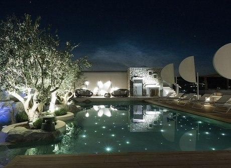 Surpreenda-se com o hotel mais cobiçado de Mykonos na Grécia