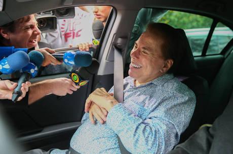 Silvio Santos torce para o casamento da filha Patrícia durar muito