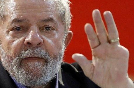 Além de Lula, foram denunciados outros 12 investigados