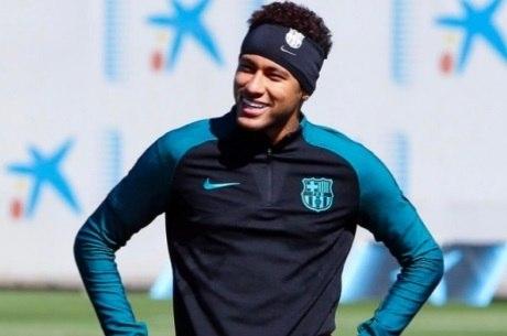 Neymar foi o responsável por fazer as bandanas voltarem à moda