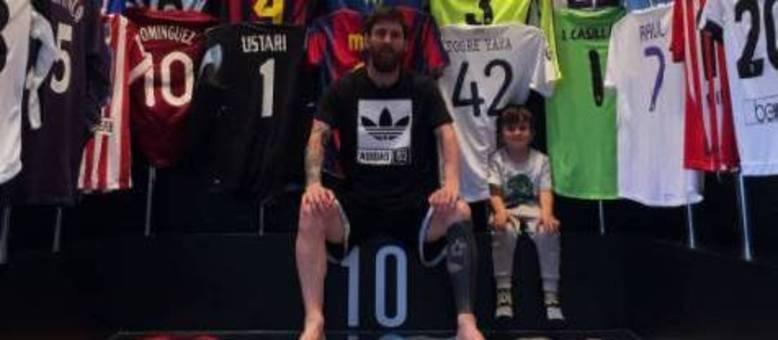 8219c77917 Lionel Messi divulga foto de coleção de camisas e deixa fãs de boca ...