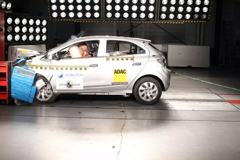 Depois de teste do Latin NCAP, Proteste quer tirar o Chevrolet Onix do mercado