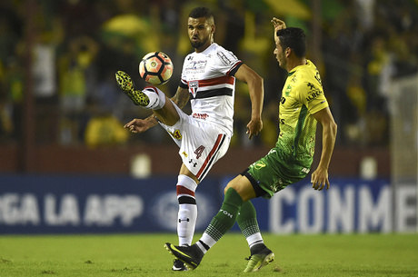 Lucão desabafou após ter sido vaiado no jogo contra o Atlético-MG