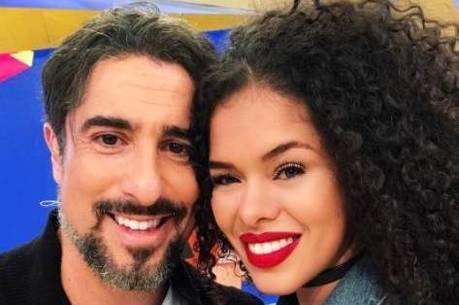 Marcos Mion conheceu a bela Rayza Nicácio no Legendários