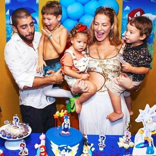 Luana Piovani revela a revista como a separação salvou seu casamento com Pedro Scooby - Entretenimento - R7 Famosos e TV