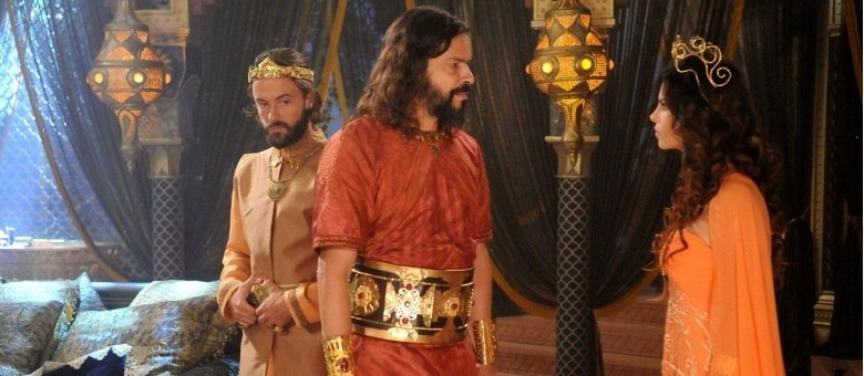 Nabucodonosor ameaça a própria filha em O Rico e Lázaro