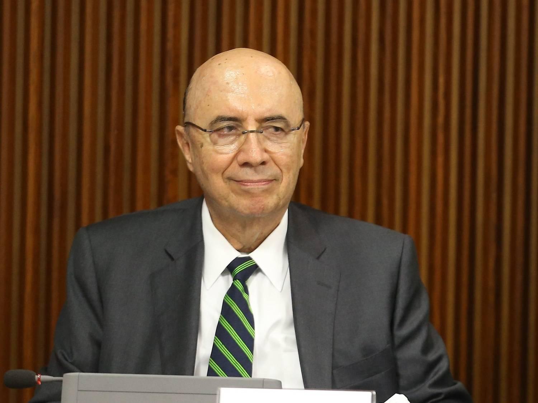 Presidente do PSB cobra entrega imediata de ministério